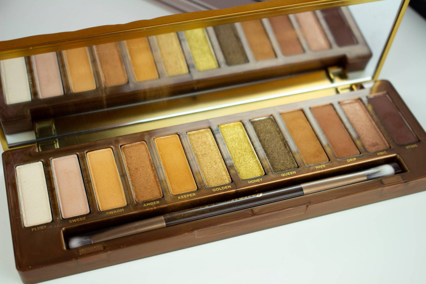 urban decay naked honey shades